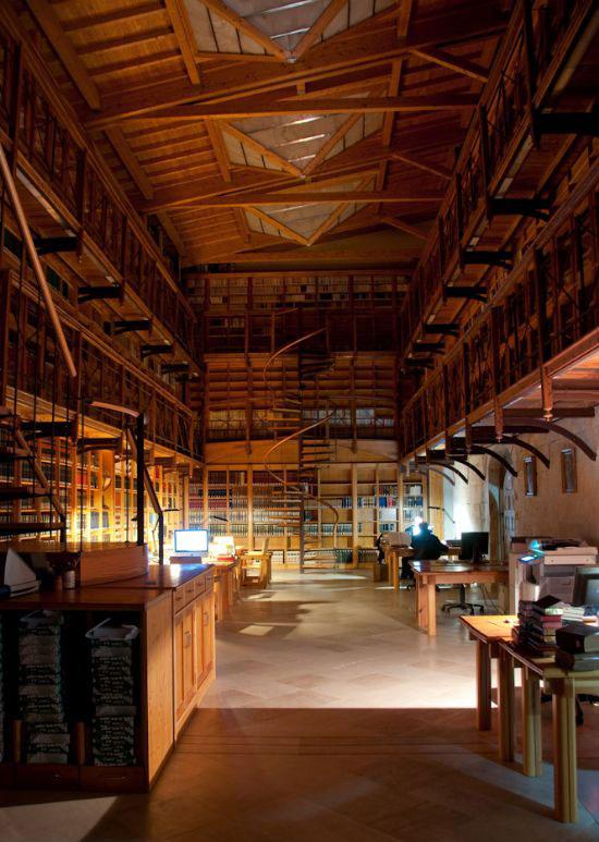 Torre Principal - habitaciones del señor aro. Biblioteca-de-silos-7312